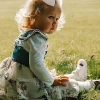 Naglavni okrasek pentlja - lasnica (bela)